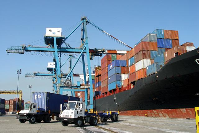 Ventajas de la importación marítima desde Israel hacia España